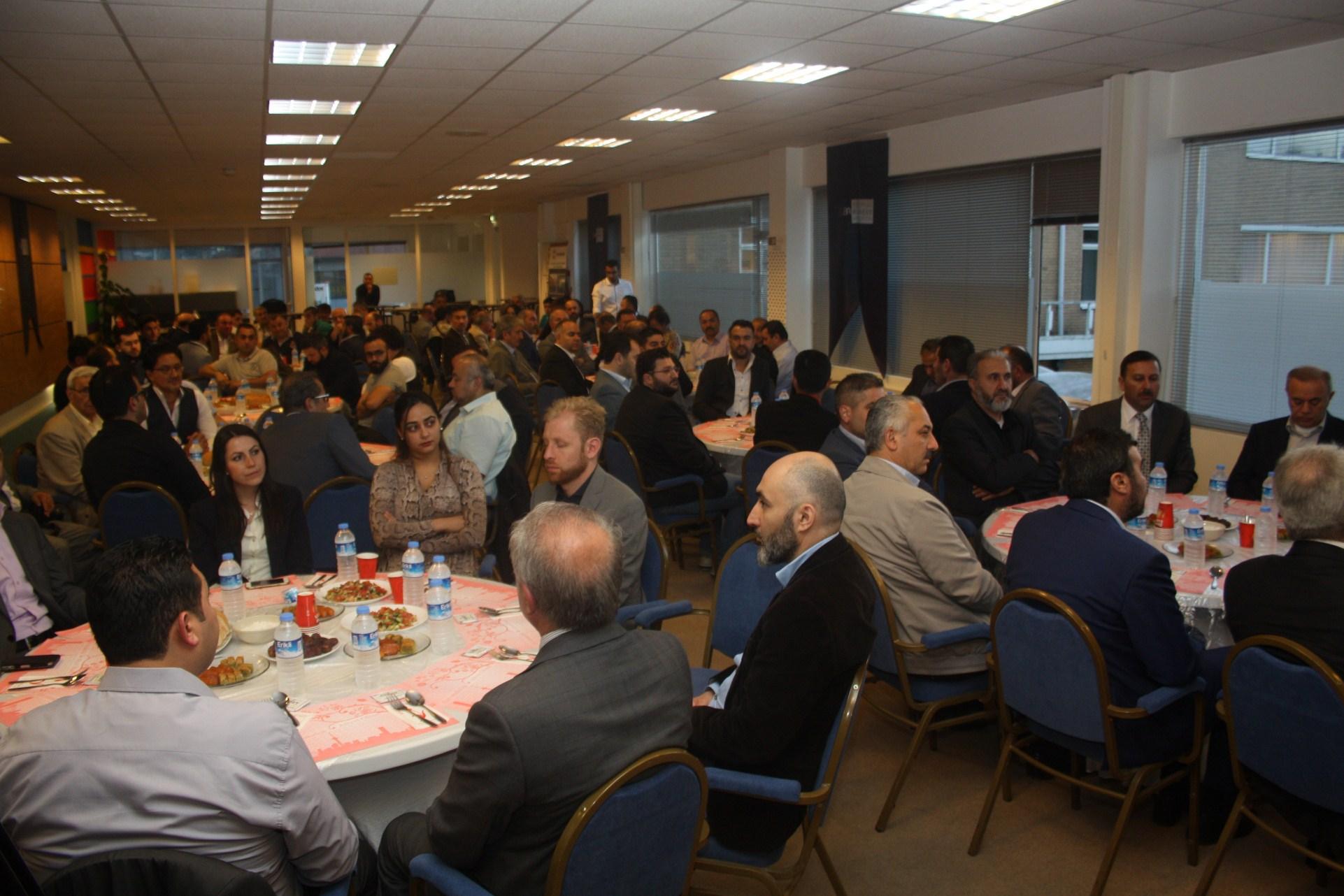 EUBA Hollanda İftarı STK'ları Buluşturdu