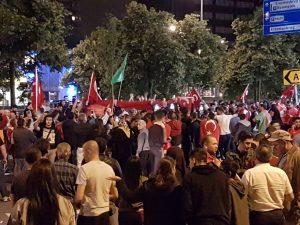 Hollanda Türkleri'nden  Milli İradeye Darbe Girişimine Tepki